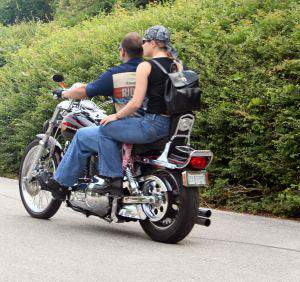 Carry A Passenger Safely On Your Motorcycle How To Carry A Passenger Safely On Your Motorcycle How To Carry A Passenger Safely On Your Motorcycle safety on motorcycle