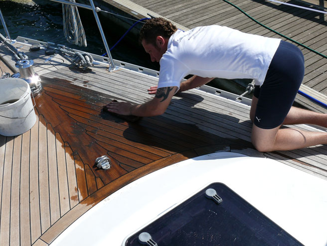 boating this summer 5 Awesome Tips For Great Boating This Summer 5 Awesome Tips For Great Boating This Summer deck cleaning